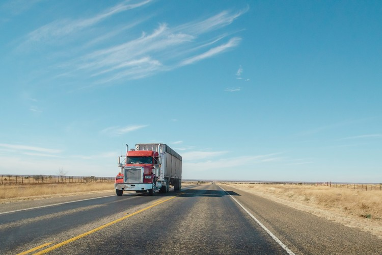 Recommendations for hiring a transport company for your business at best prices